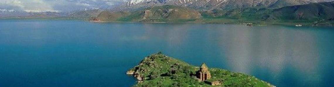 Ph Değeri Yüksek Olan Van Göl'ü Suyu Korona Yayılımını Engelliyor